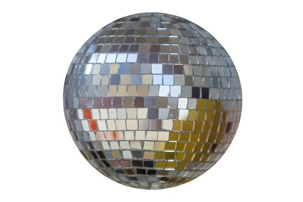 Sphère en miroir isolée sur fond blanc. boule disco. photo de haute qualité