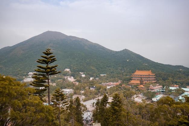 Splendeur panoramique de ngong ping, île de lantau, hong kong.
