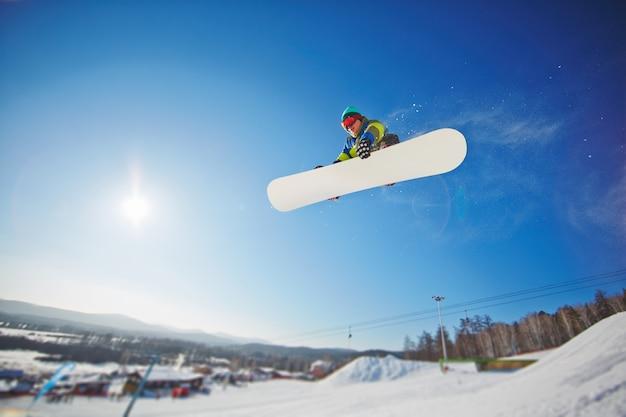 Sportif neige activité passe-temps actif