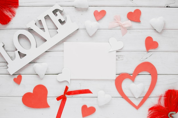 St valentin trucs autour de la feuille de papier