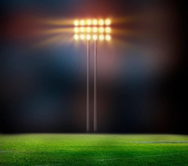 Stade de football avec des lumières vives
