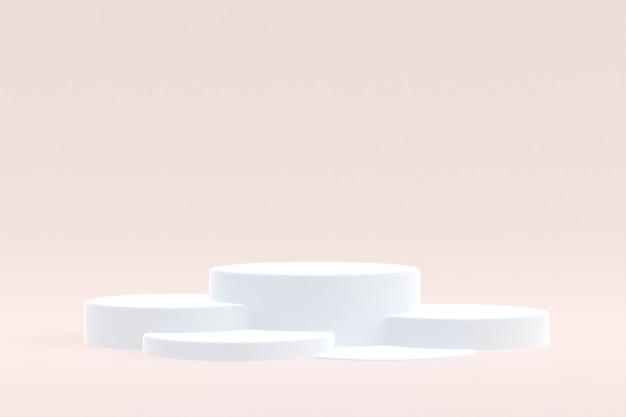 Stand de produits, podium minimal sur fond crème pour la présentation des produits cosmétiques.