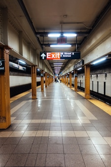 Station de métro de new york souterraine