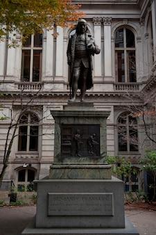 Statue de benjamin franklin à boston, massachusetts, usa