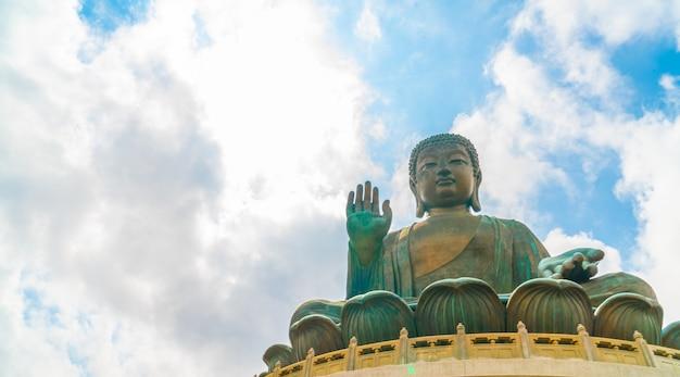 Statue de bouddha géant à ngong ping, hong kong