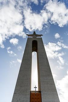 Statue du christ à lisbonne, sanctuaire du christ-roi - cristo rei