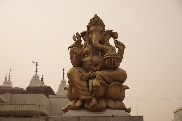 Statue du dieu hindou lord ganesha