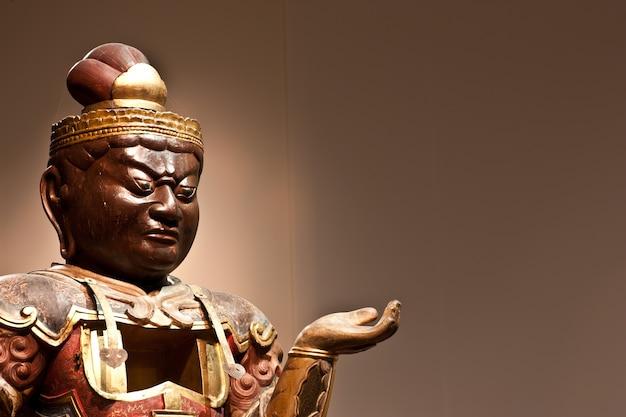 Statue d'un gardien, au sud-est de l'asie, avec copie espace