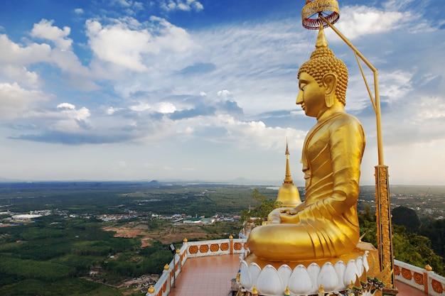 Statue de grand bouddha