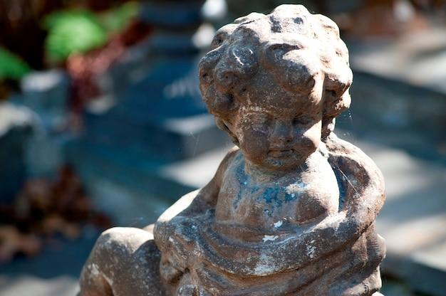 Statue de jardin dans les hamptons