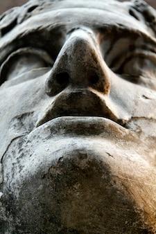 Statue romaine antique