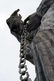Statue de la vierge marie de quito, colline du panecillo, quito, équateur
