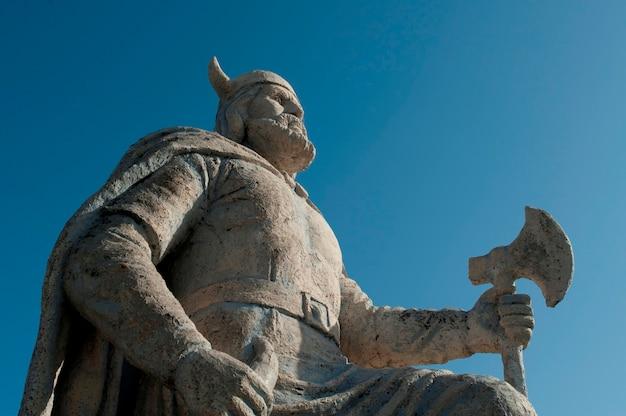 Statue viking à gimli, manitoba, canada
