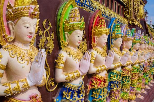 Statues de fées