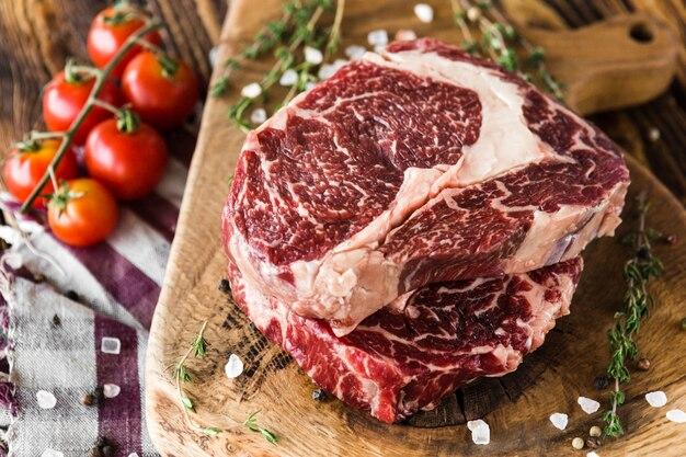 Steak cru