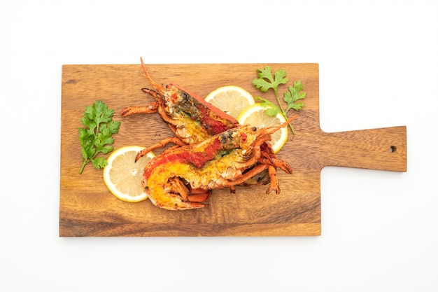 Steak de homard grillé