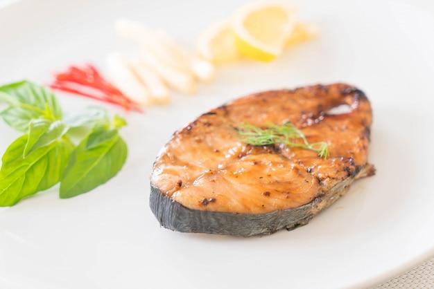 Steak de maquereau grillé