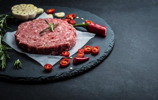 Steak de viande de boeuf haché pour hamburger