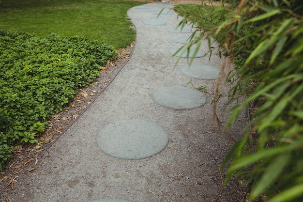 Stepping chemin de jardin en pierre