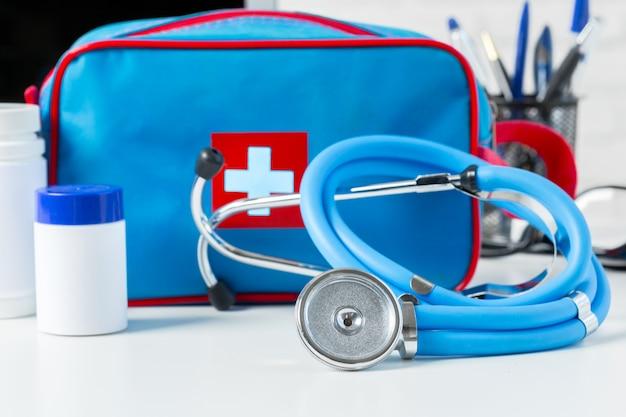 Traitement médical avec des pilules | Télécharger des Photos gratuitement