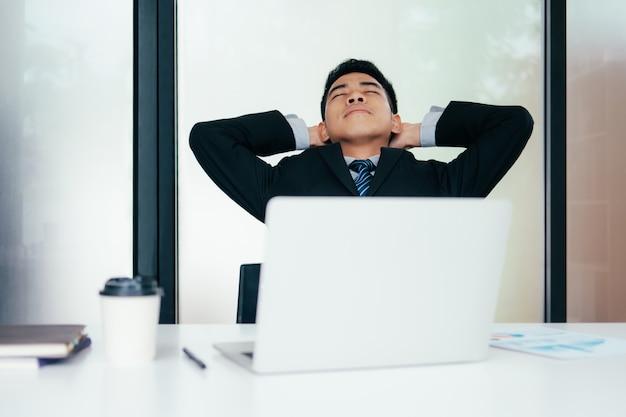 Stress jeune entrepreneur.