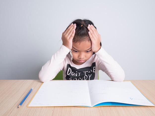 Stress kid avec devoirs