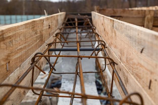 Structures métalliques pour structures en béton outils de chantier brouette sable