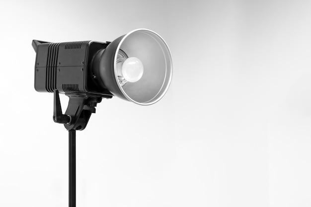 Studio de photographie flash stroboscopique monobloc pour prendre de la lumière et prendre des photos.