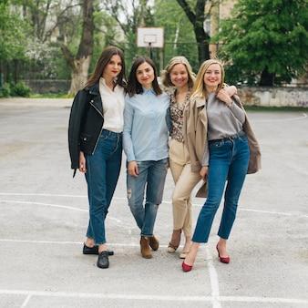 Style de la mode des filles