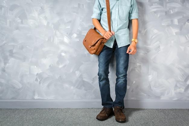 Style rétro de vêtements vintage hommes avec éclairage clé faible