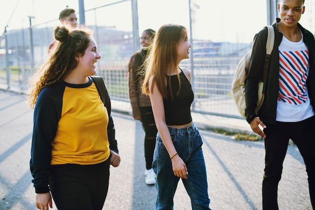 Style de vie en groupe d'amis