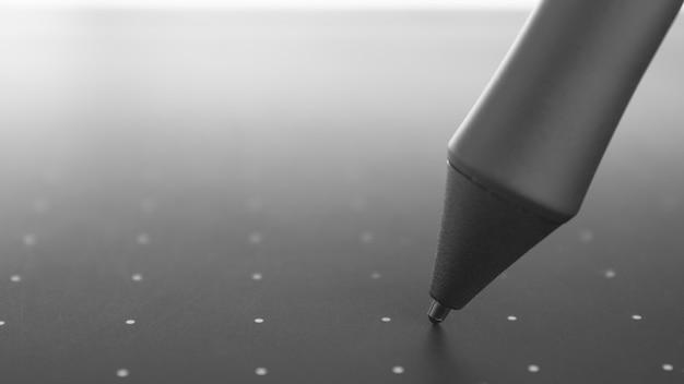 Stylet de tablette graphique, bureau, concept de création de contenu macro