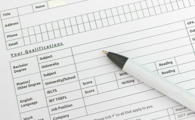 Stylo avec formulaire de demande