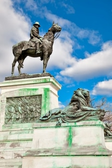 Subvention cavalerie statue