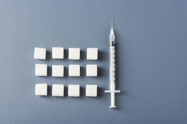 Sucre blanc et seringue