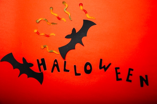 Sucreries composées et décor de halloween
