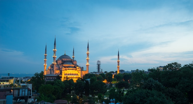 Sultanahmet, mosquée bleue et hagia sophia, istanbul, turquie