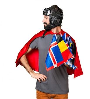 Superhero avec beaucoup de drapeaux latéraux