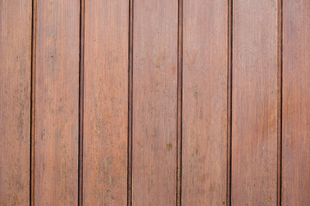 Surface en bois avec des lignes