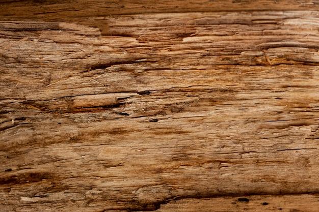 Surface en bois rétro avec copeaux