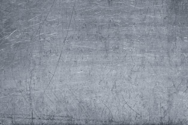Surface en métal argenté