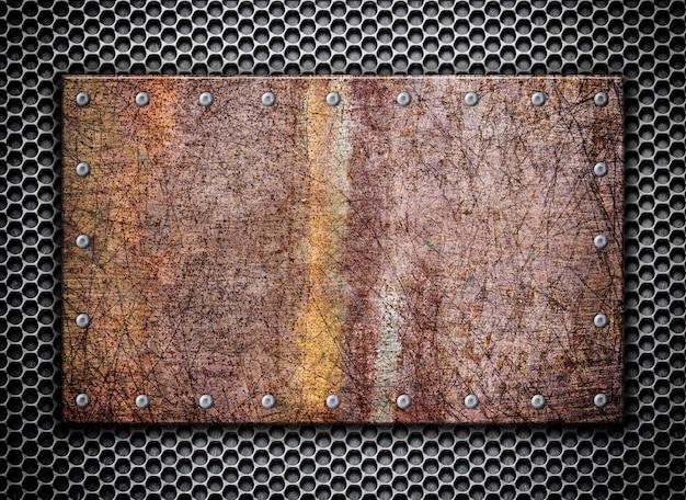 Surface en métal rouillé sur surface métallique en maille