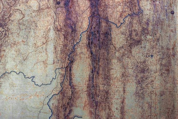 Surface métallisée peinte rouillée. abstrait