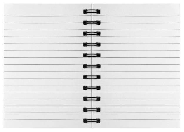 Surface vierge. cahiers à spirale papier isolés sur la pentecôte
