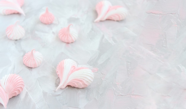 Surprise pour les cœurs de meringue préférés