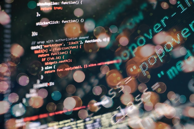Surveiller le gros plan du code source de la fonction. fonctions de programmation d'écriture sur ordinateur portable. tendance big data et internet des objets.
