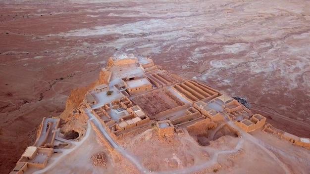 Survol du désert par la mer morte en israël