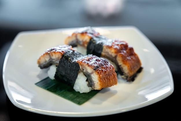 Sushi d'anguille unagi