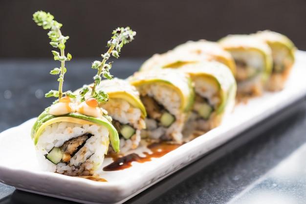 Sushi à l'avocat