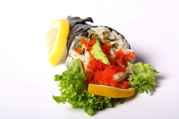 Sushi sur blanc